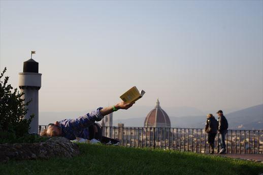 フィレンツェで読書