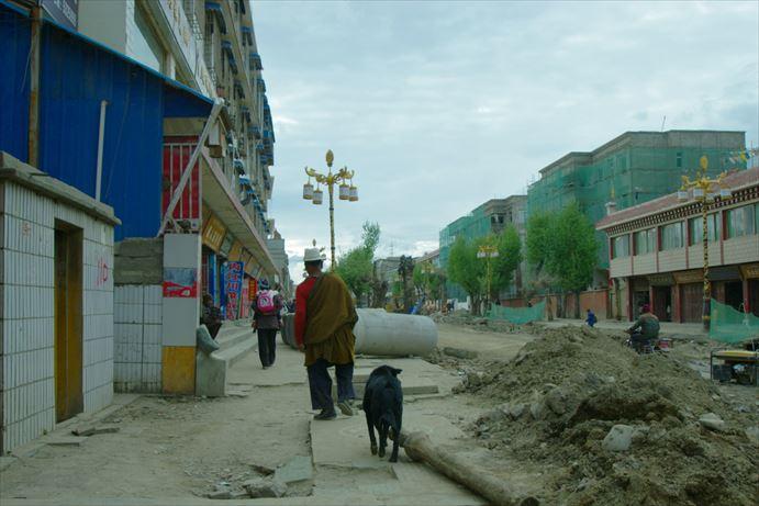 理塘の街並み (2)_R