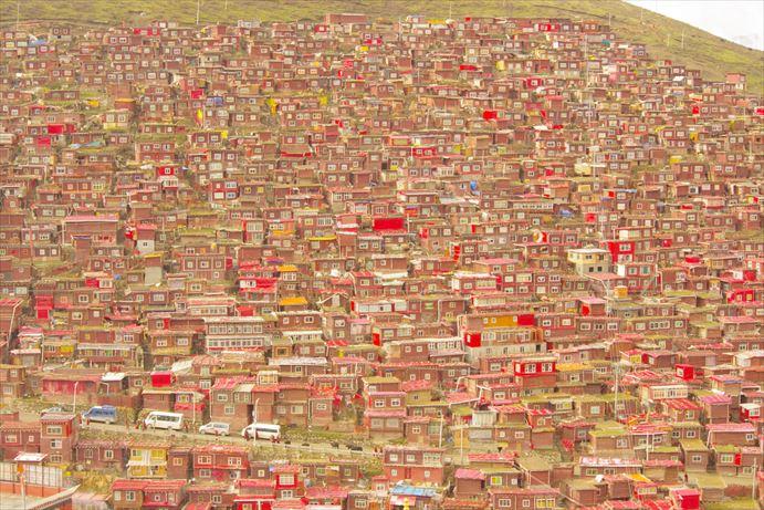 ラルンガルゴンパ:家々の絶景 (6)_R