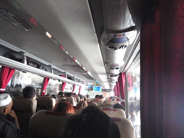 蘭州行きバス車内_R