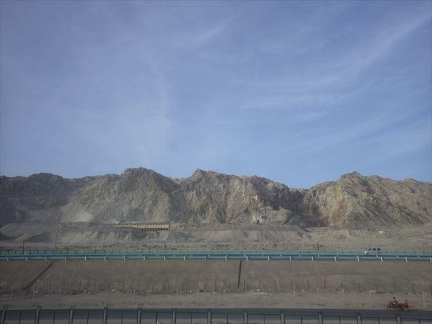カシュガル行車窓から (4)_R