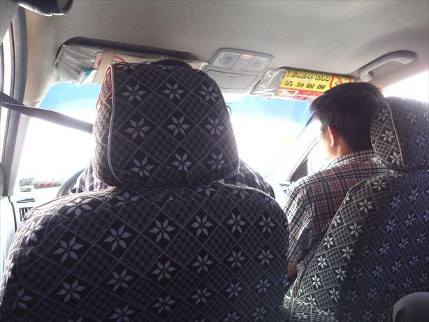 トルファン駅まで乗合タクシー (2)_R