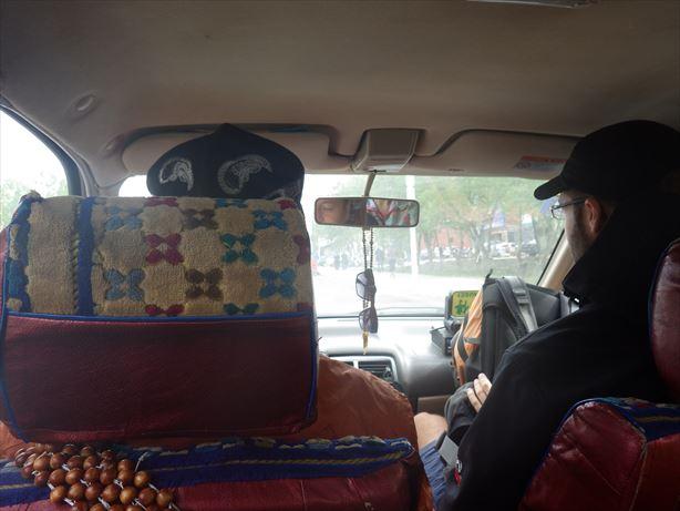 タクシーシェアでボーダーまでGO