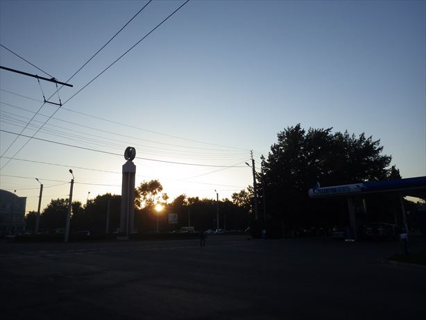 ビシュケク到着!もう日が沈んじゃう!