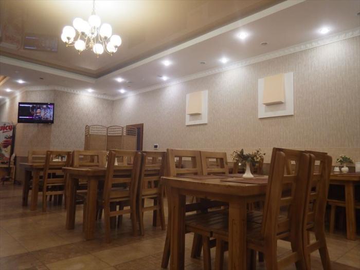 カラコルのレストランでランチ (6)