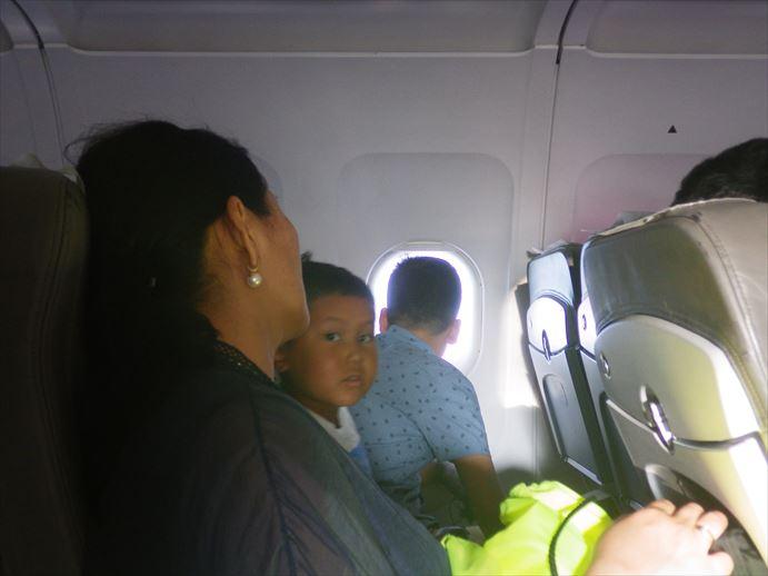 マナス空港からオシュへ (5)_R