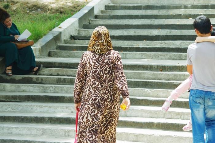 服がきれいなタジキスタン (1)_R
