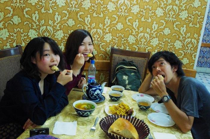 3人でお昼ごはん! (4)