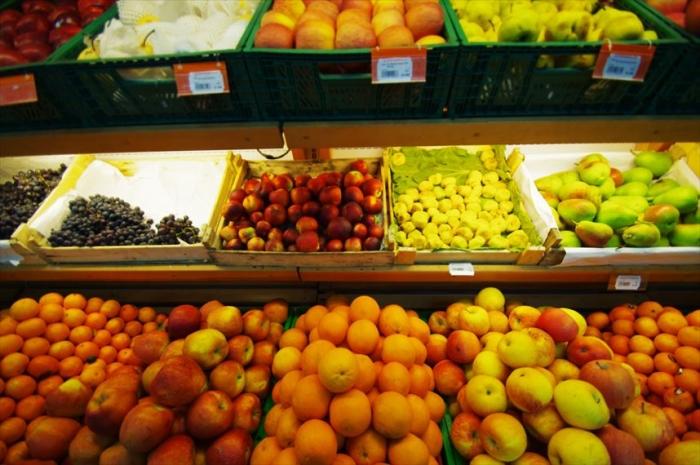 宿近くのスーパーでお買い物 (1)