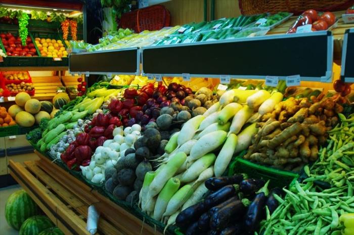 宿近くのスーパーでお買い物 (3)