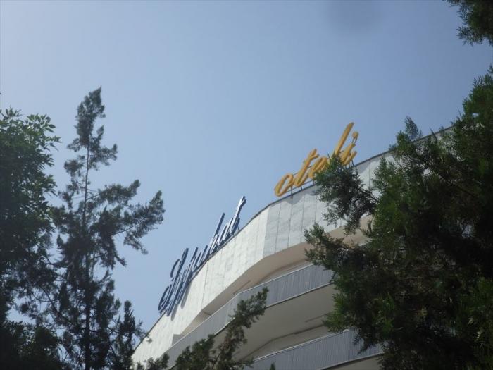 ツーリストホテル (1)