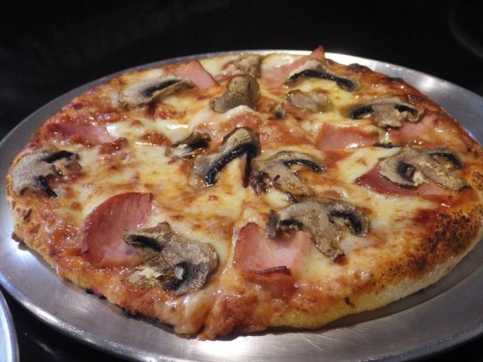 Ronnys Pizza (12)