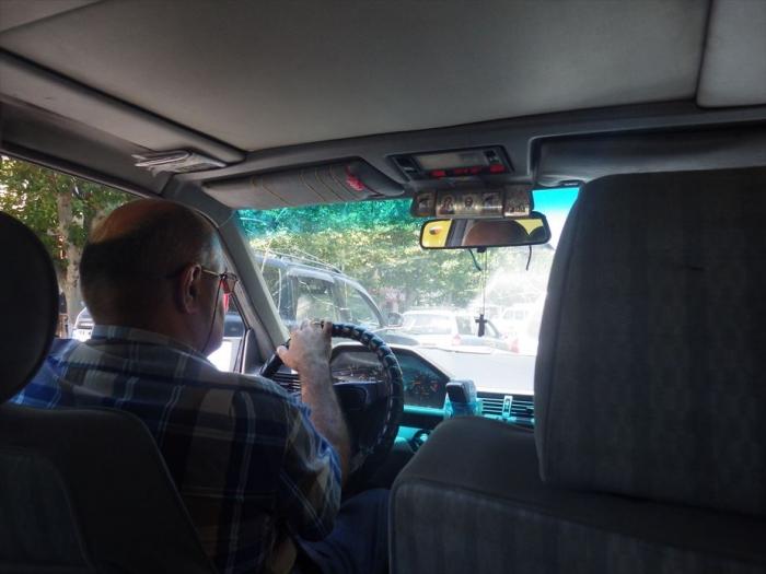 バトゥミまでタクシー (1)