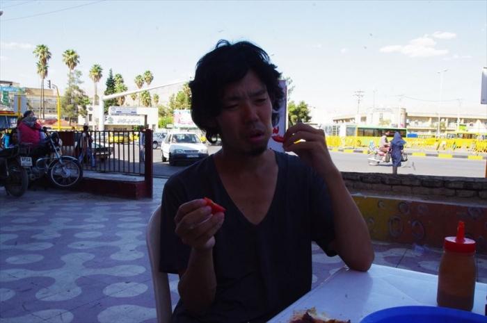シーラーズでお昼ごはんチキン (1)