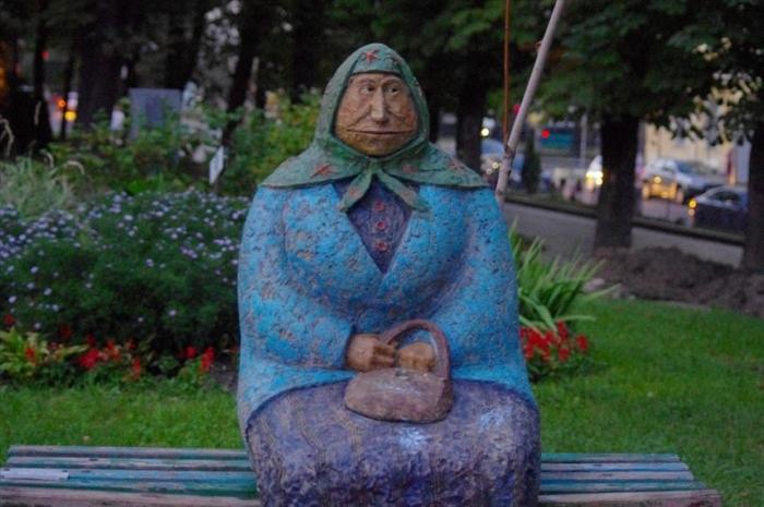キエフ街歩き美女さがし (79)